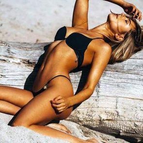 Kimberley Garner Nude Tits and Sexy Bikini Pics [2021] 124