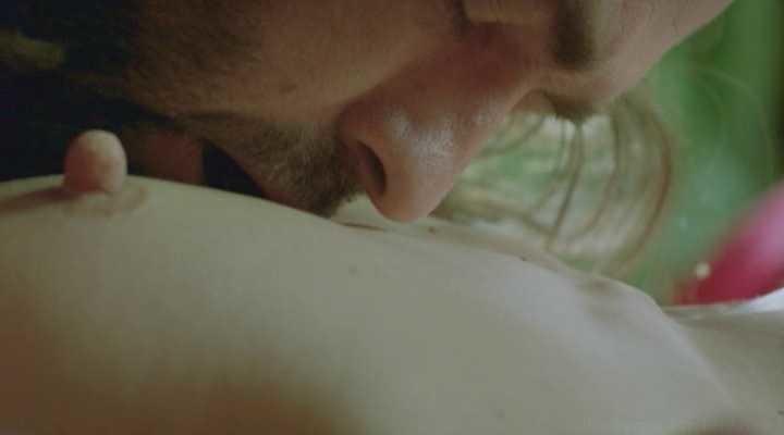 Milla Jovovich NUDE, Sex Scenes and PORN 4