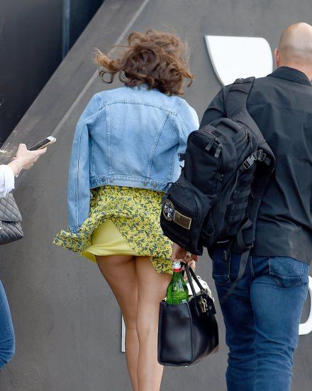 Miranda Kerr Upskirt panties