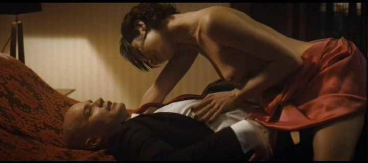 Olga Kurylenko topless sex in Hitman 2