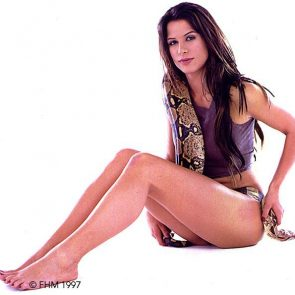 Rhona Mitra Nude Leaked Photos and Naked Sex Scenes 26