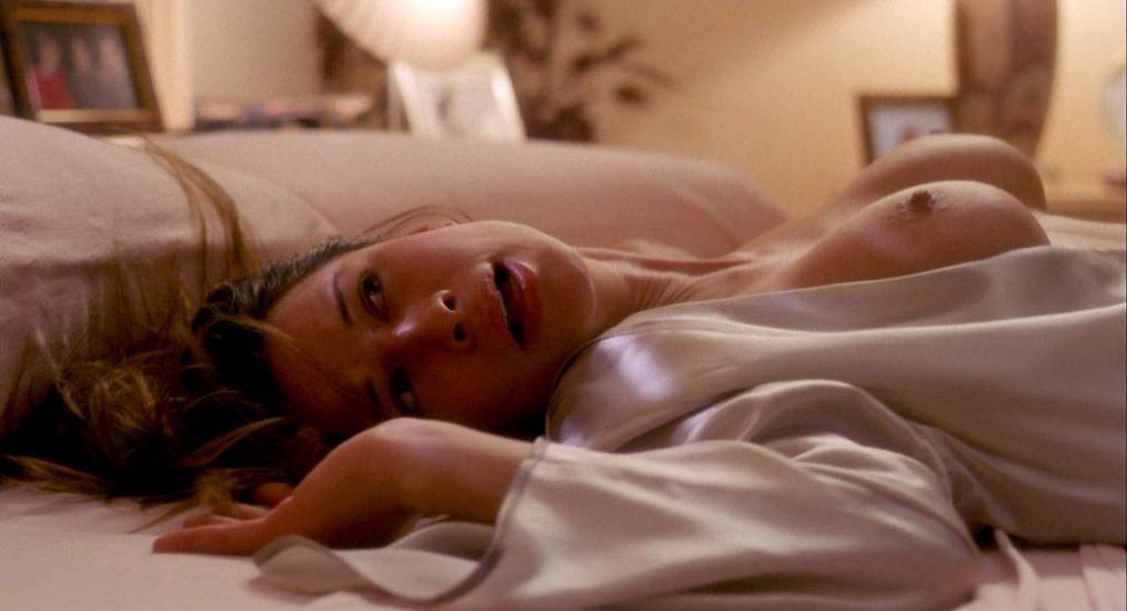 Rhona Mitra nude in Hollow Man 3