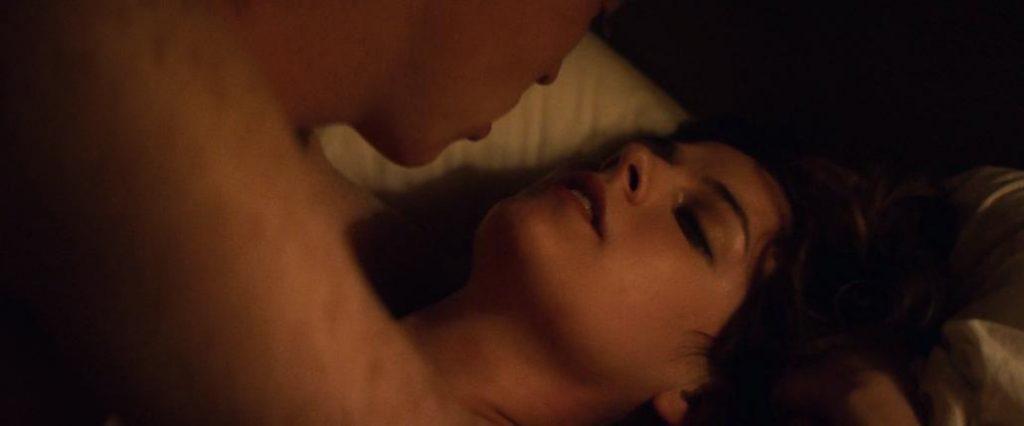 Riley Keough Nude Explicit Sex Scenes 11