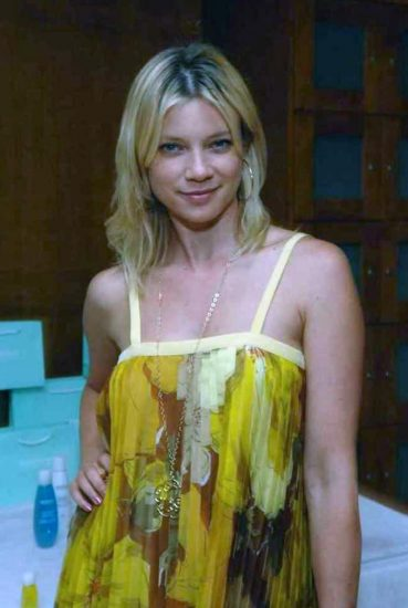 Amy Smart Nude and Sex Scenes Compilation 21