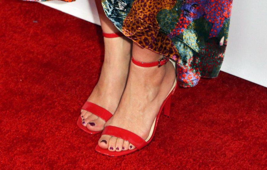 Amy Smart feet in high heels