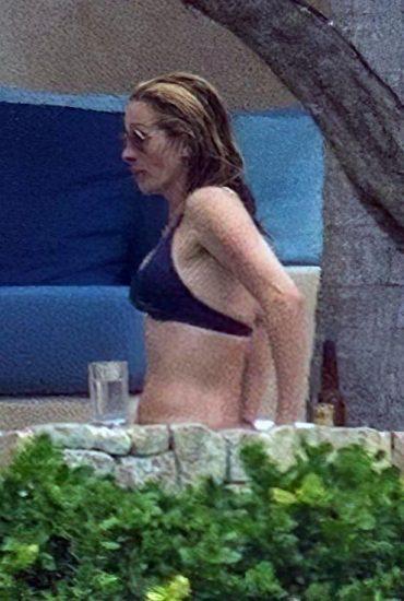 Julia Roberts Nude LAKED Pics, Porn & Sex Scenes 26