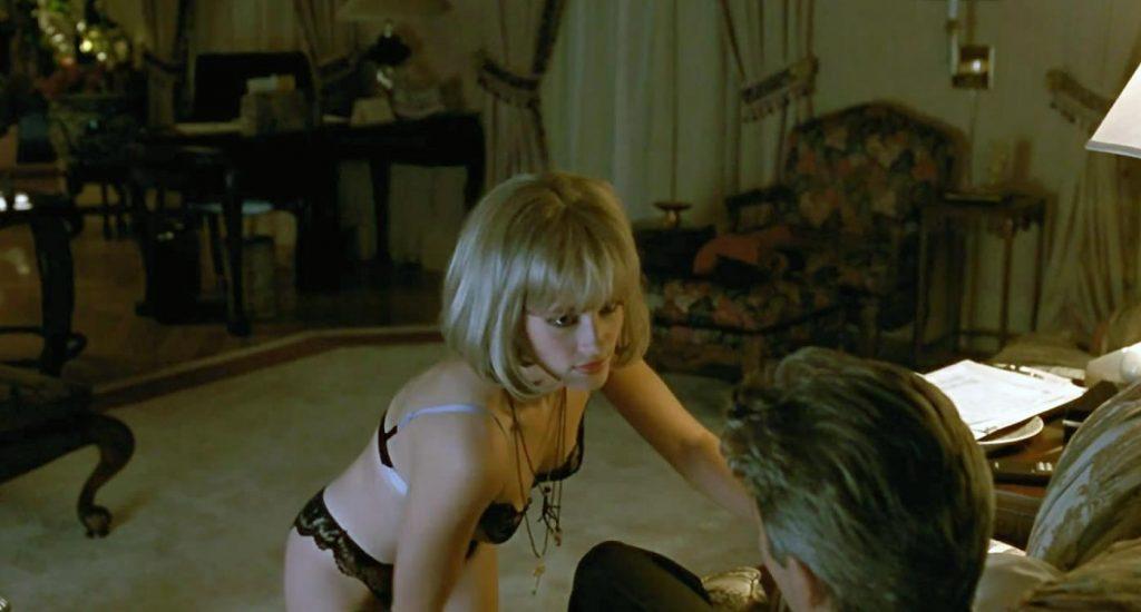 Julia Roberts Nude LAKED Pics, Porn & Sex Scenes 11
