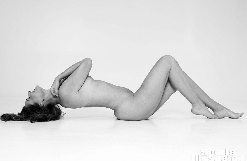 Paulina Porizkova naked fully